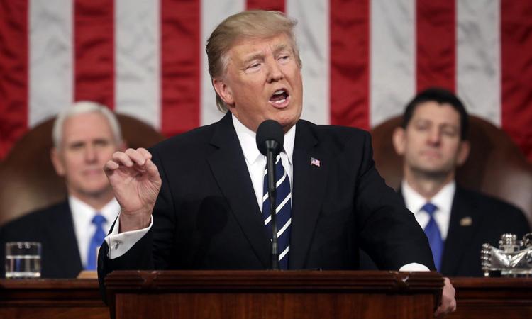 Претседателот Трамп се обраќа на Конгресот02282017