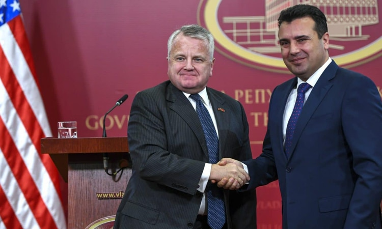 North Macedonian Prime Minister Zoran Zaev shakes hand with US Deputy Secretary of State John J. Sullivan, after their joint press conference in Skopje, The Republic of North Macedonia, 2018. Photo: EPA-EFE/GEORGI LICOVSKI
