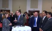 """Ambasadori Baily, së bashku me ambasadoren e OSBE-së Suomalainen, morrën pjesë në mbylljen e konferencës """"Dita e gjyqësorit,"""" të organizuar nga Shoqata e gjykatësve të Maqedonisë."""